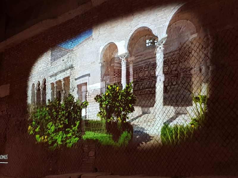 Ricostruzione virtuale del giardino della domus