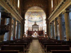 Santa Maria in Trastevere, la navata centrale