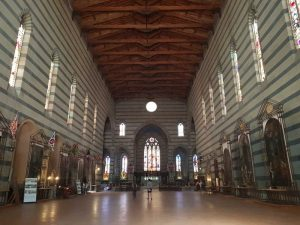 La navata della chiesa di San Francesco