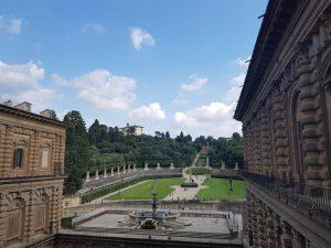 Anfiteatro di verzura visto da Palazzo Pitti (sulla sinistra il Forte di Belvedere), Giardino di Boboli