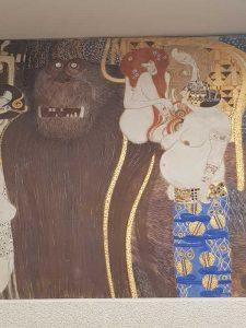 Fregio di Beethoven, seconda parete - dettaglio di Tifeo, Voluttà, Lussuria e Intemperanza