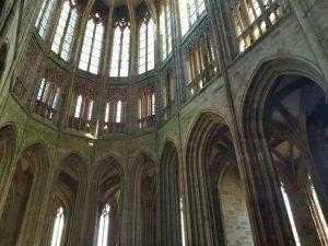 Coro gotico della chiesa abbaziale. Visitare Mont-Saint-Michel