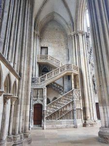 Cattedrale di Notre-Dame, scala dei librai