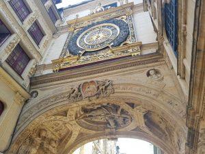Gros-Horloge, dettaglio dell'orologio e dell'arcata