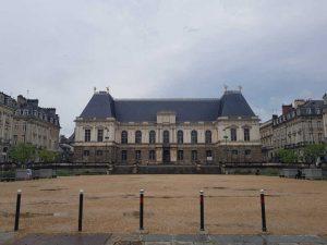 Viaggio in Bretagna e Normandia, Rennes, Place du Parlament de Bretagne