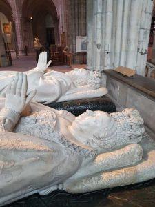 Gisants di Caterina de' Medici ed Enrico II