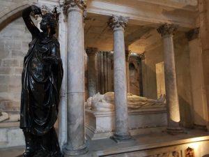 Monumento funebre di Caterina de' Medici ed Enrico II - dettaglio