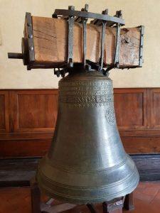 """Campana """"Piagnona"""" nella Sala Capitolare"""