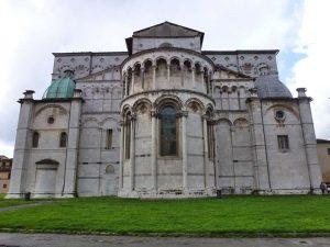 Duomo di san Martino, la parte absidale esterna