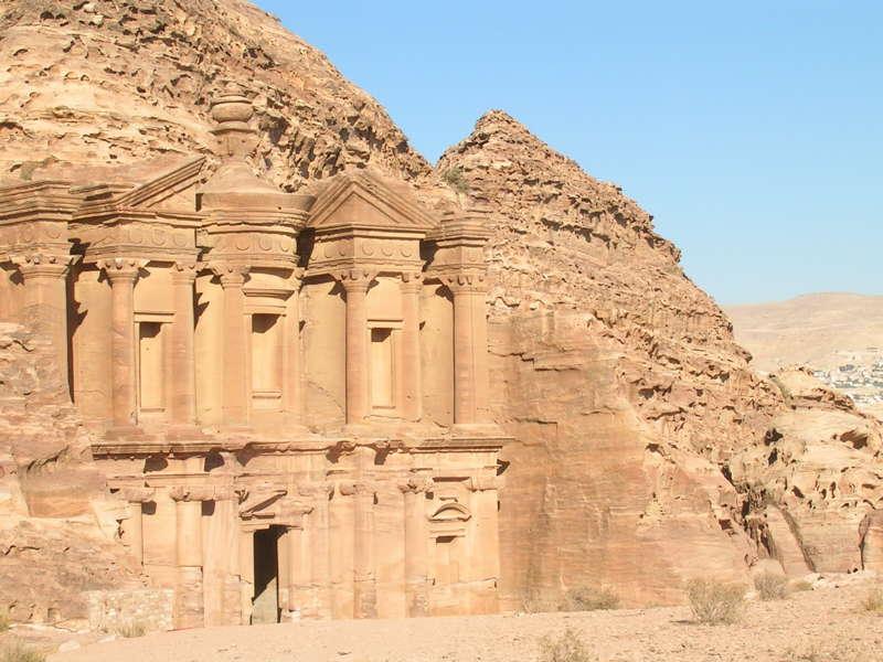 Visitare Petra. Il Monastero
