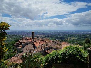 Il borgo di Massa e la Valdinievole dalla rocca