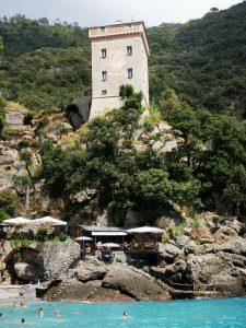 Torre Doria sulla baia di San Fruttuoso