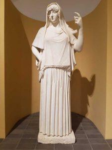Collezione Torlonia. Statua di divinità con peplo, detta Hestia Giustiniani, replica del 120-140 d.C. da un originale del 470-60 a.C.