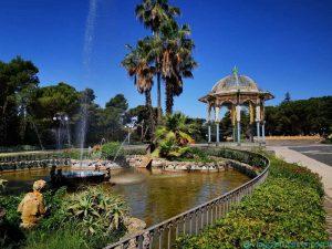 Il giardino della Villa Comunale, con il palco della musica in stile moresco